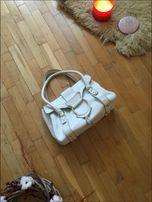 Оригинал dolce gabbana белая светлая сумка средняя на ручках d-ring