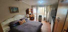 Bachelor flat available in Brackenfell