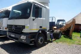 2002 Mercedes Benz Actros horse single diff