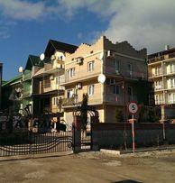 Коттедж 3 этажа в Крыму на берегу моря. 20 метров от пляжа.