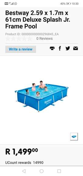 Durable portable pool in excellent condition