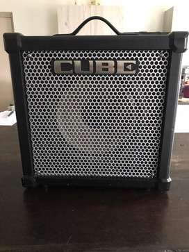 Roland Cube 40 Guitar Amplifire