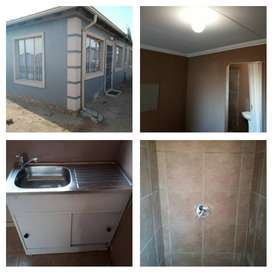Nice bachelor's in Alliance ,Modderbee Benoni