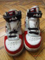 Кроссовки для юного джентльмена FILA Р. 22 (13 см).Очень красивые!