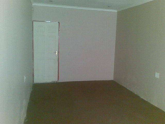 FLATS AND ROOMS TO RENT 0