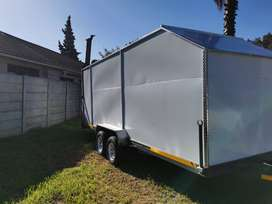 Selling Fully enclosed box shape trailer
