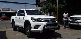 2017 Toyota Hilux 2.8 GD6 is available double cap