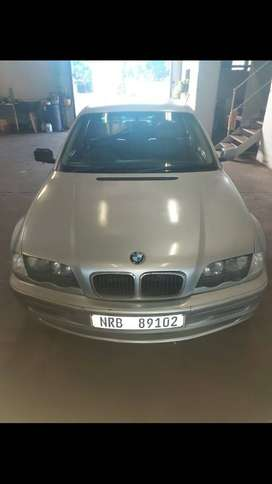 BMW 323i full house mint condition
