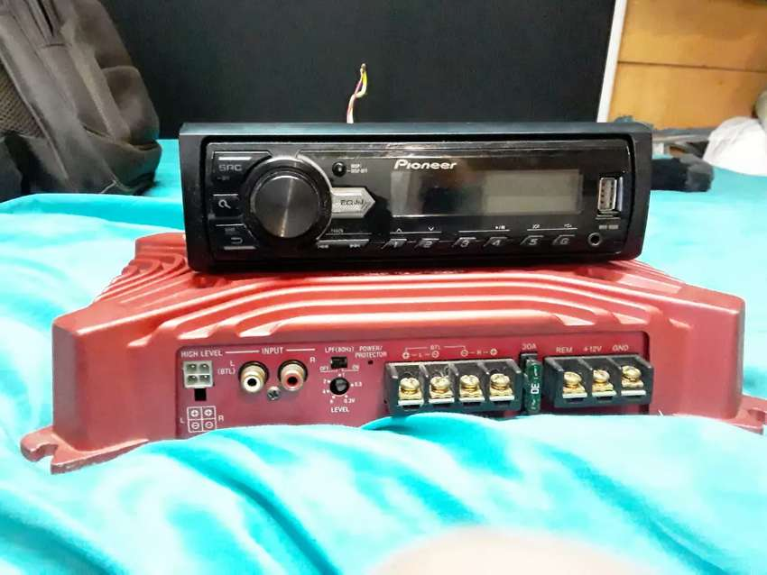 Second hand Pioneer Car Radio & Sony Xplod 250w Amp. 0