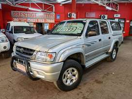 2004 TOYOTA HILUX 2700i D/CAB with ONLY 260000kms  Service History Air