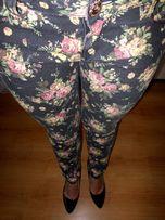 Jeansy w kwiaty 36 S