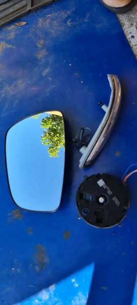 Hyundai Accent/Grand i10 Right side rear view mirror parts for Sale