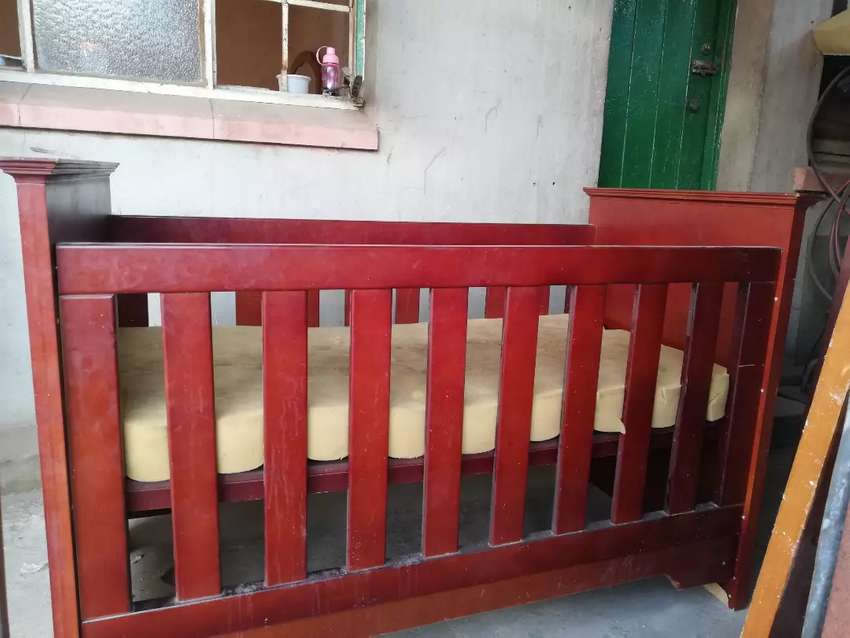 Baby cot make me offer I from brakpan