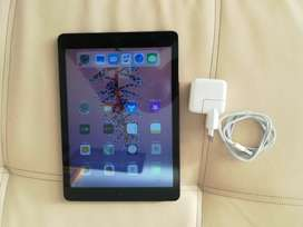 Ipad Air 64GB (CELLULAR AND Wi-Fi)