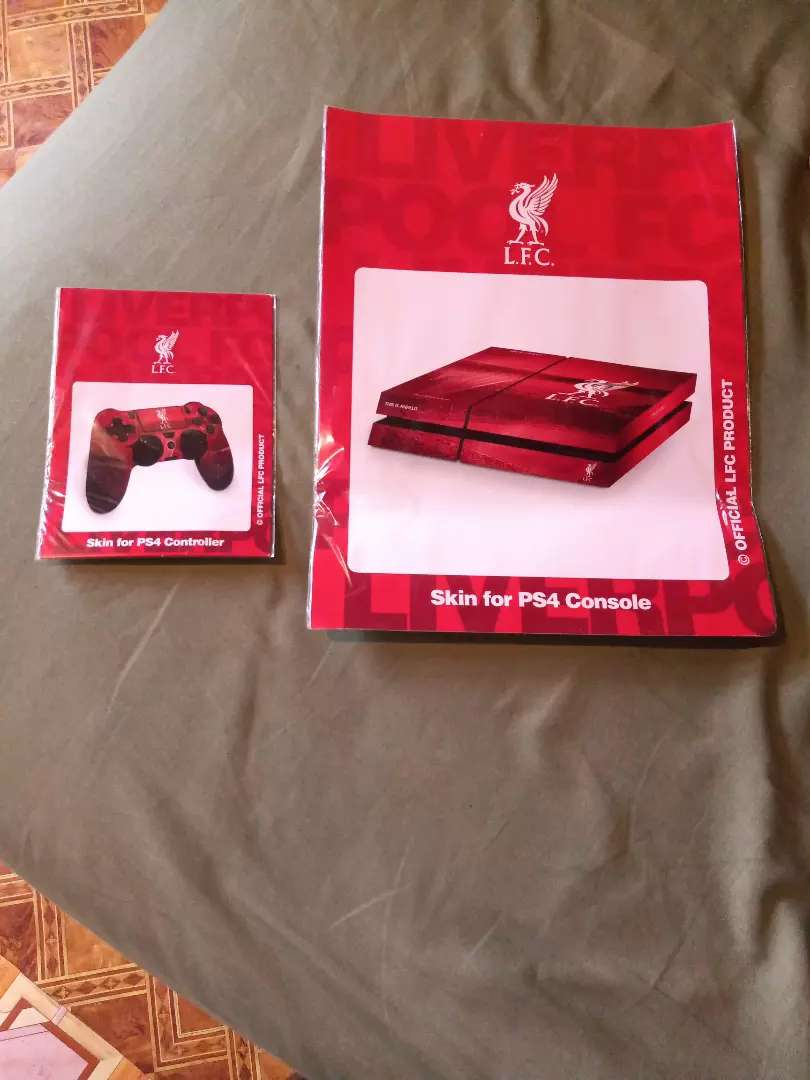 Hey.i am selling Ps4 Liverpool skin.i bought it online by mistake 0