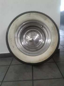 15 inch smoothies with caps with white walls and brand new tyres