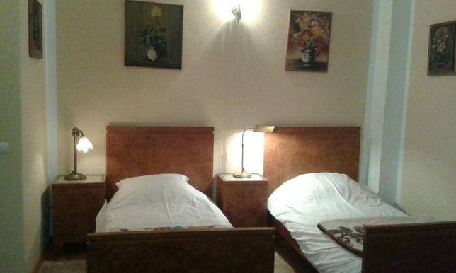 Pokoje gościnne w zabytkowym pałacu w Stanicy Stanica - image 3