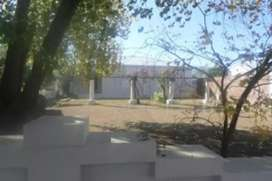 Free standing  3 bedroom solid home priced to go no agents fee