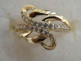 Złoty pierścionek 3,40 g
