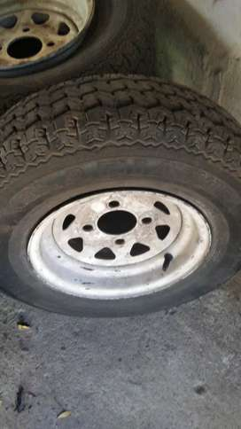 Used rimes and tyres