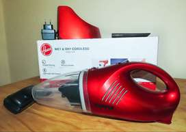 Hoover - Wet & Dry Hand Vacuum Cleaner - Red