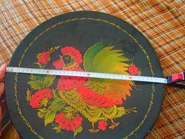Поднос-тарелка деревянная, старинная,декоративная.