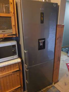 DEFY Fridge 580L with water dispenser