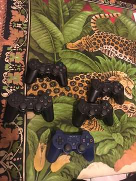 Playstation 3 controls for sale/Non trade inns accepted