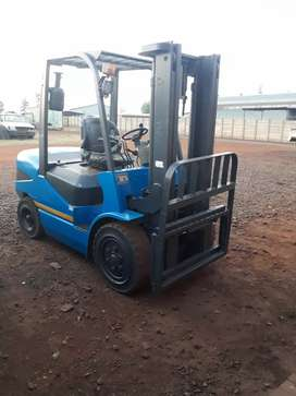 MAXIMAL FORKLIFT 3T FOR SALE/ HIRE