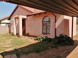 Upcoming Auction:  Upcoming Auction:  3 bed home in Lenasia - 4 Sept