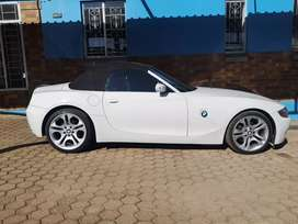 BMW Z4 3.0 manual engine in very good running  for sale 082*372 *8612