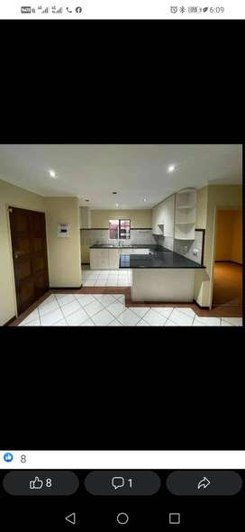 I am looking for a 3bedroomed house near Dawnpark Primary School