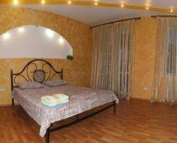 Сдам 2-х комнатную квариру сталинка в центре, евроремонт