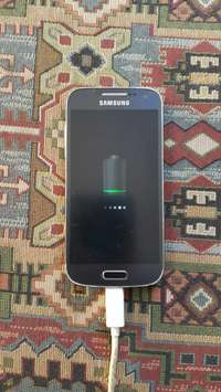 Image of Samsung S4 Mini For Sale