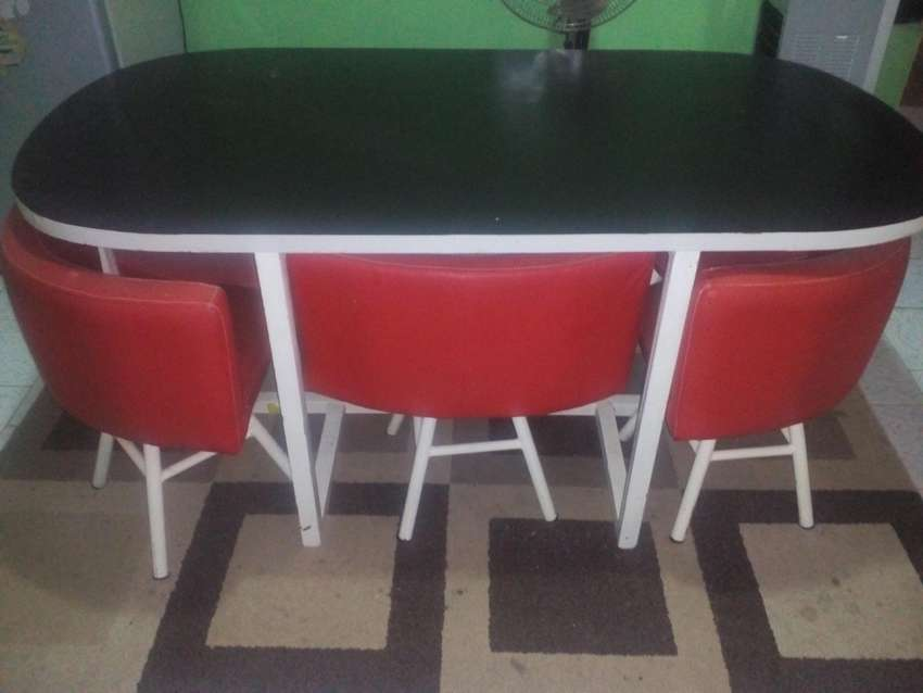 family leather seat dining with six chairs 0