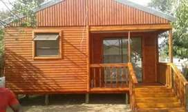 A Brilliant Wendys and log homes. Extra accommodations, storage etc
