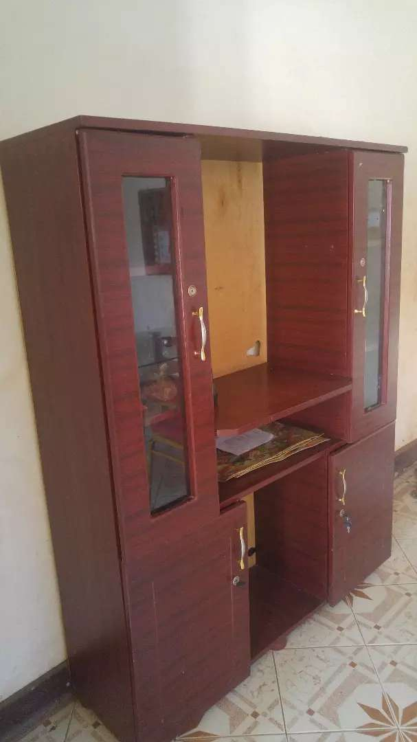 Cup baord and tv stand(height 5x4) 0