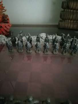 Lead figurines cillectors chess set ett