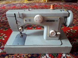 Швейная машинка с электроприводом Подольск-132