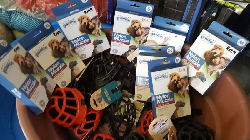 Dog muzzles all kinds and sizes 0