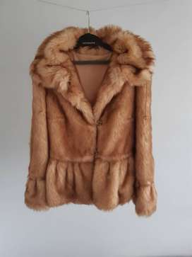 Ladies winter coat. New. It is not a limited edition. It is the One.