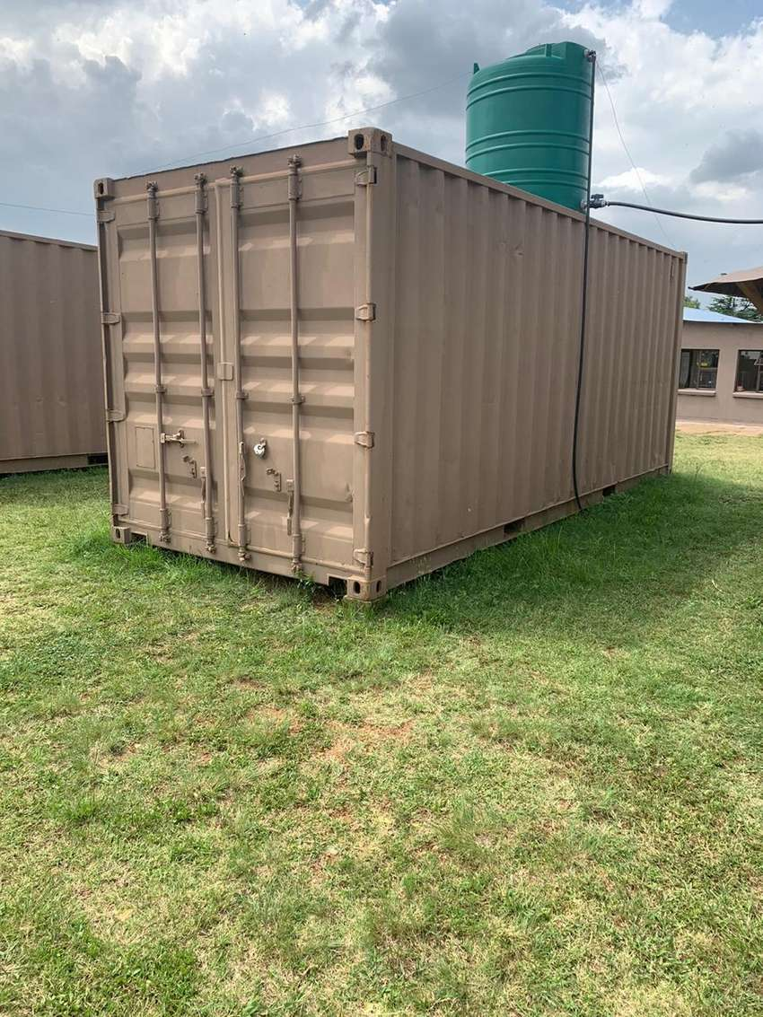 6m container with freezer room 0