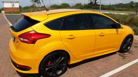 Ford Focus ST3 with Sunroof FSH and in excellant condition