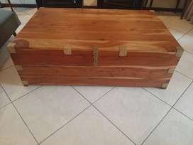 Military style coffee table/trunk