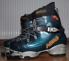 Лижні черевики Asolo нові Іалія