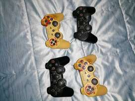 PS3 with 45 games and 4 controles