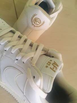 """Nike Air Force 1- 82 """"Gold Crest"""""""