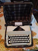 Maszyna do pisania wraz z kufrem stan bardzo dobry