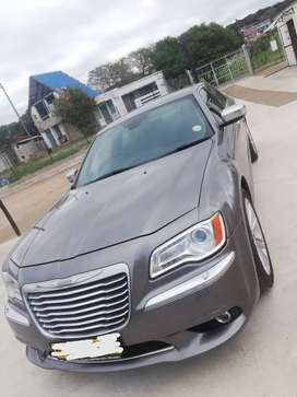 2013 Chrysler 300c 89688km on the clock 3.6l V6 auto 8 speed