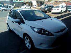 Ford fiesta 2010 model,90000km